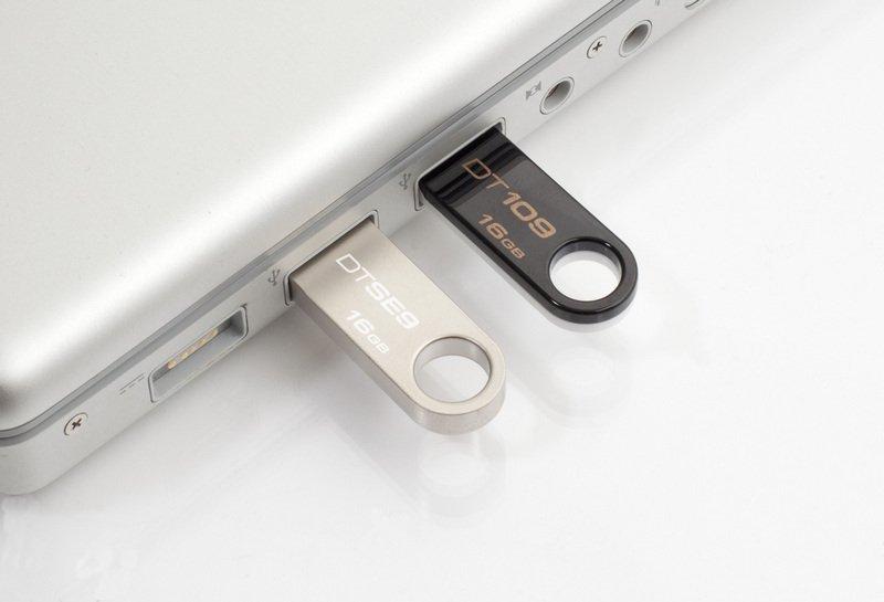 Kingston Datatraveler SE9 16GB AUywAE