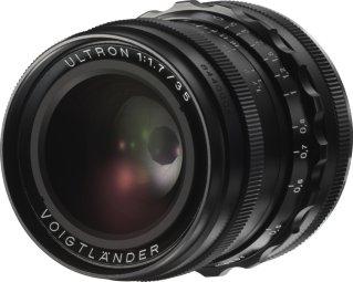 Voigtländer 35mm f/1.7 Ultron
