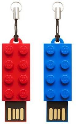 PNY LEGO P-FDI8GBX2LEGO-GE