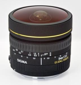 Sigma 8mm f3.5 EX DG Circular Fisheye for Canon