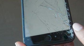 Satte glasset i iPhone 8 på prøve