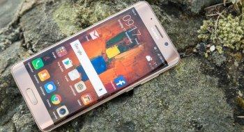 Rykte: Kan Huawei Mate 10 bli en «bedre iPhone X» enn Apples?