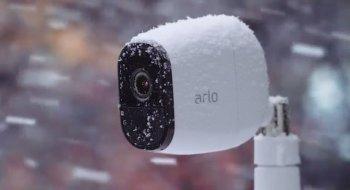 Dette overvåkningskameraet tåler all slags vær og kan skremme bort tyver