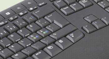 Microsoft Wireless Comfort Desktop 5000 tastatur og