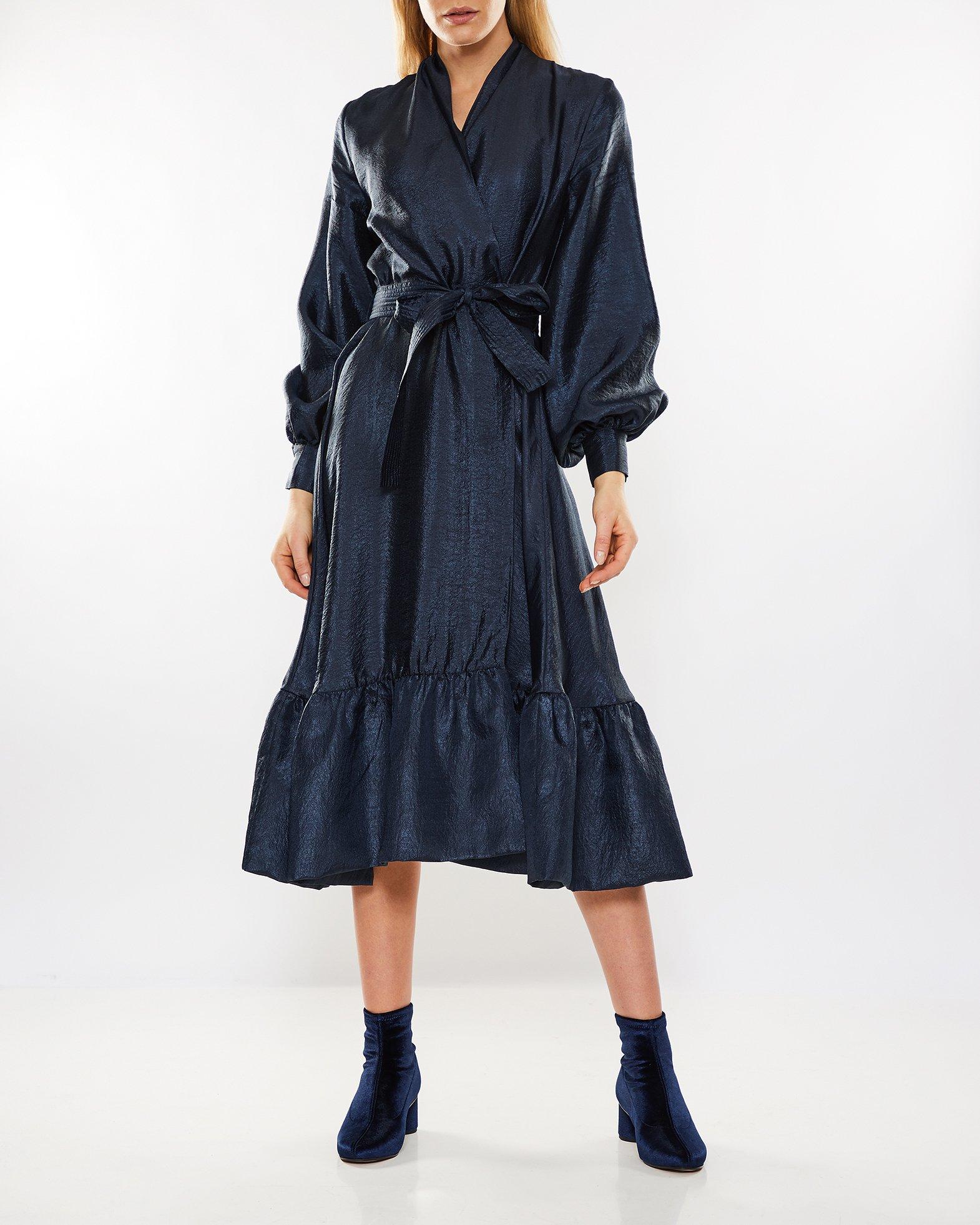 Niki, 636 Textured Poly Knelang Kjole Creme STINE GOYA