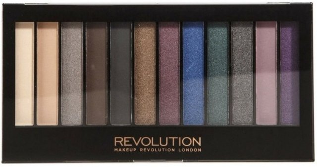 Makeup Revolution Redemption Hot Smoked