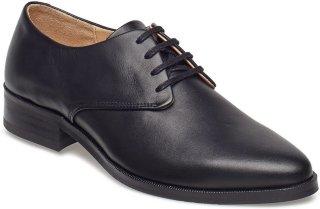 Royal Republiq Prime Derby Shoe