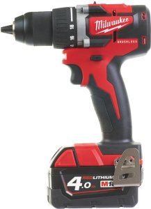 Milwaukee M18 CBLDD-402C (2x4,0Ah)