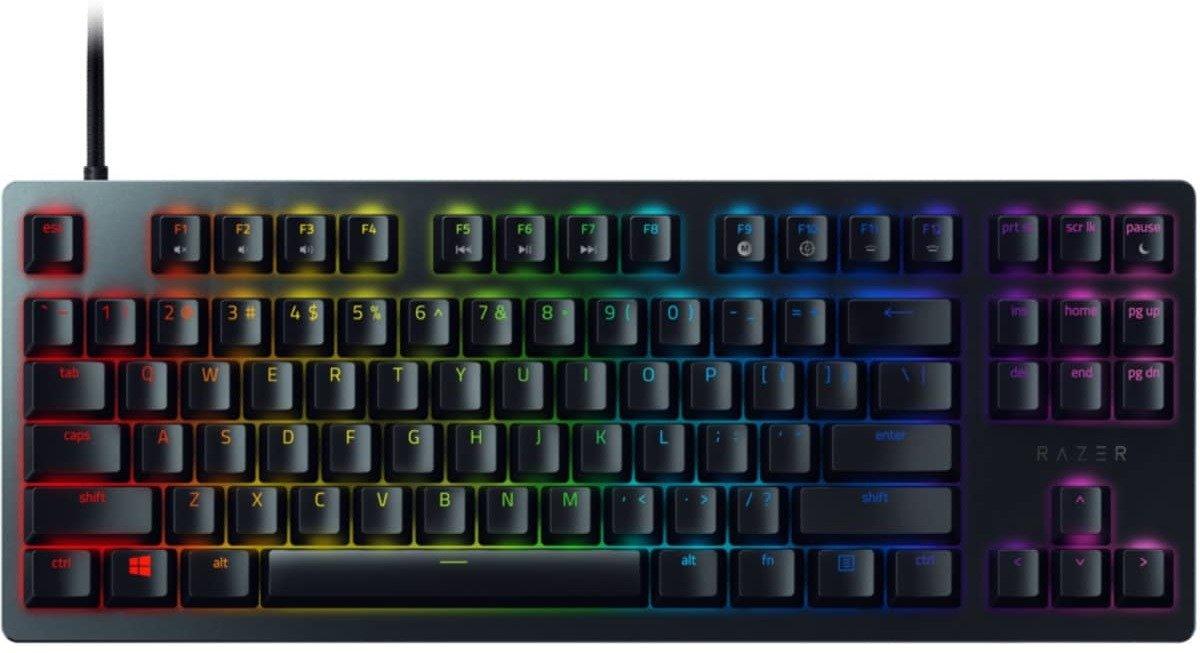 Selger Razer gaming mus og Razer tournament edition tastatur