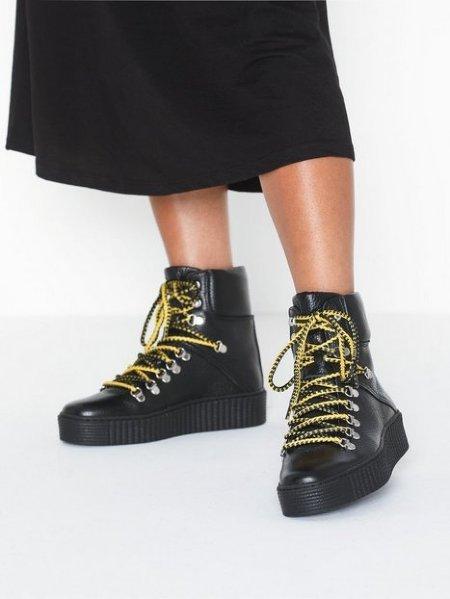 Shoe the Bear Agda