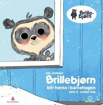 Brillebjørn blir henta i barnehagen