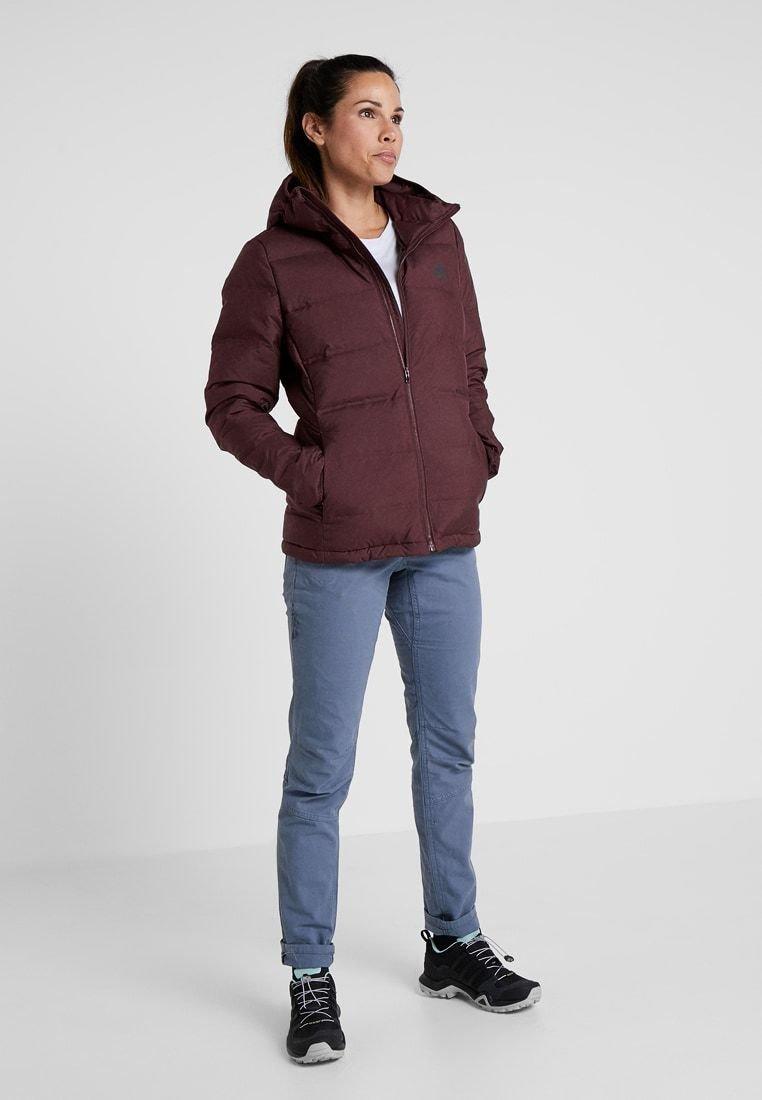 Best pris på Adidas Helionic Down Hooded Jacket (Dame) Se