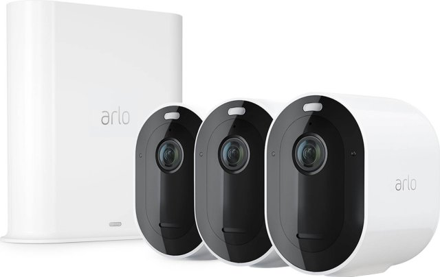 Arlo Pro 3 (3 kameraer og smarthub)