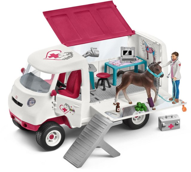 Schleich Mobile Vet at Riding School