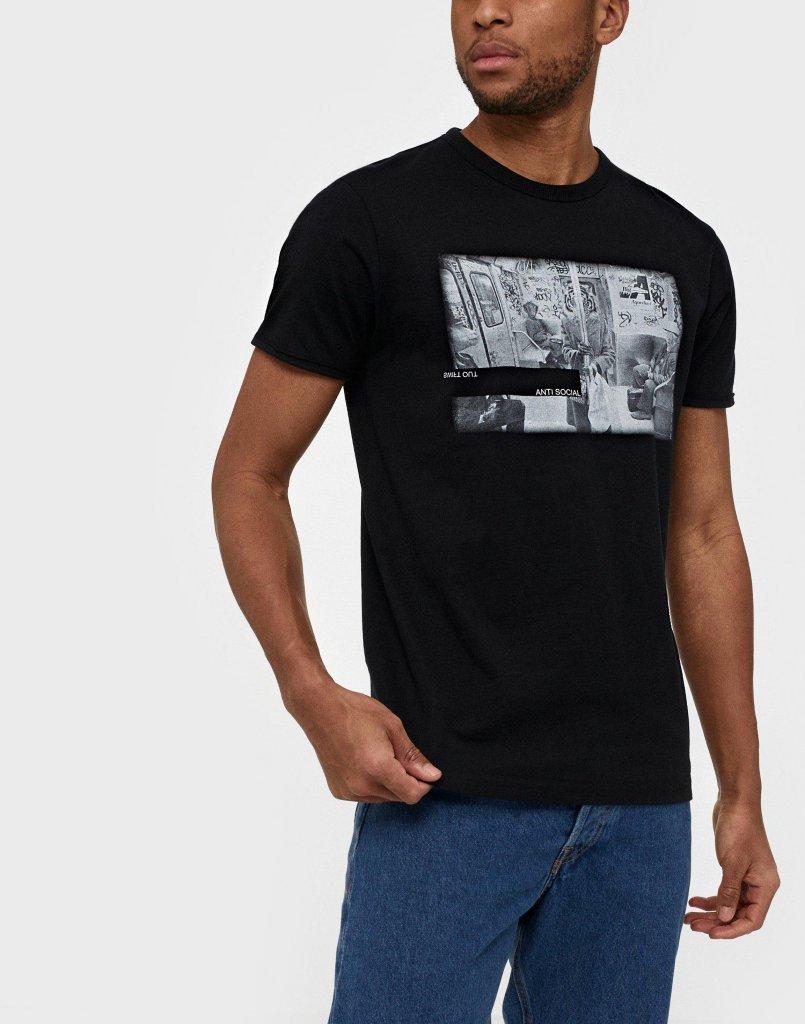 Solid Holger T-Shirt