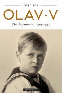Olav V: Den fremmede 1903–1940