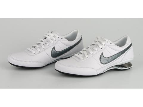 Nike Shox Vital