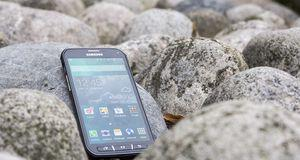 Test: Samsung Galaxy S5 Active Samsung Galaxy S5 Active er rask, robust og annerledes