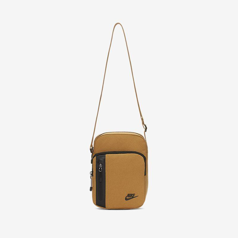 Nike Core Small Items 3.0-bag - Brown Unisex > Accessories > Accessories & Equipment ONE SIZE