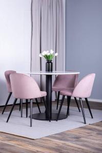 NORDFORM Spisegruppe Espolla bord og 4 stk Valleta stoler Unisex Hvit