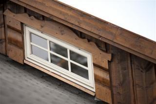 H-vinduet Vindu topphengslet 50x50 hvit utadslående vindu