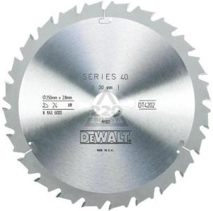 Sagblad for tre DeWalt 250x2,8x30,0 mm Z24 10°