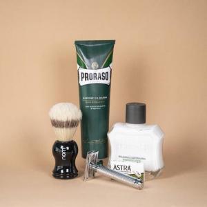 Introsett til tradisjonell barbering