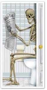 360 Degrees Ltd Skjelett på Toalett Dørdekorasjon